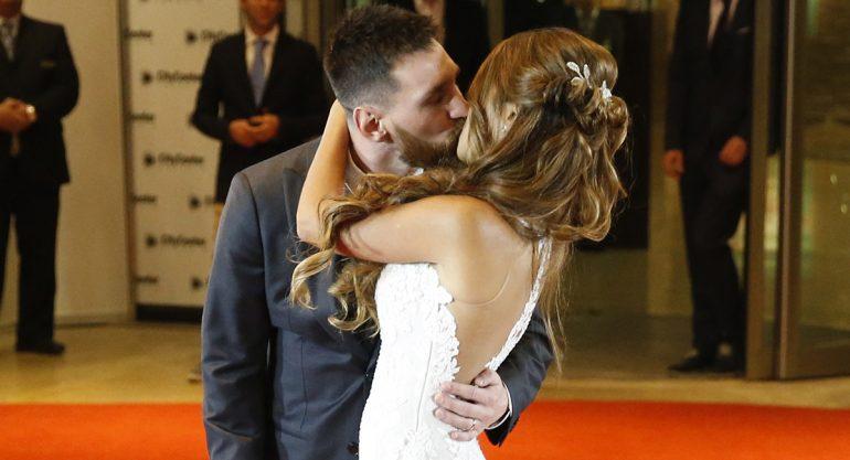 ¡Lionel Messi y Antonella Roccuzzo se dan el sí!