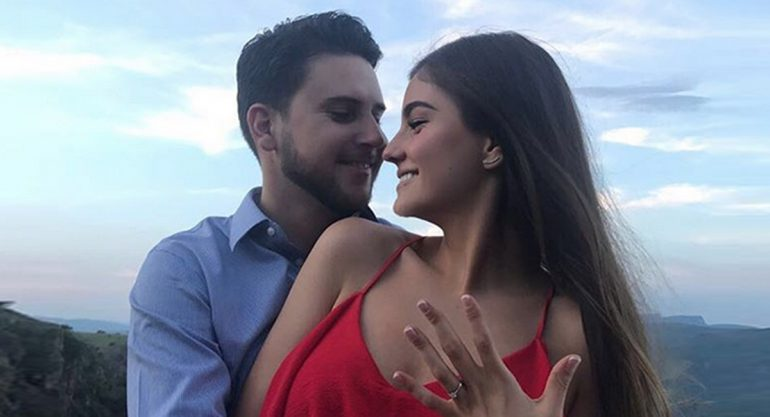 ¡Mariana Navarrete se casa!