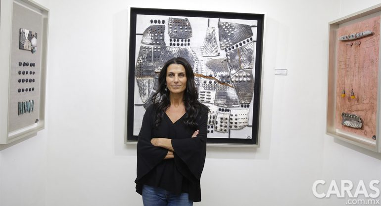Adelia Sayeg presenta su exposición Mariposas en el Alma