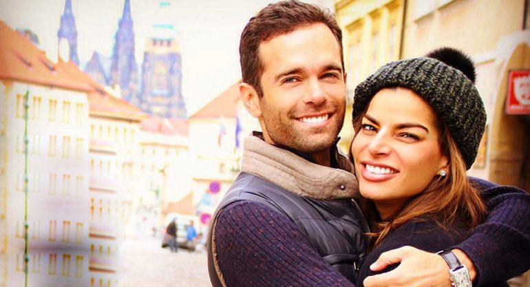 Alejandro Amaya y Bárbara Coppel felices por ser papás