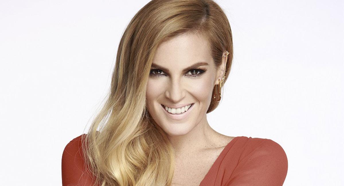 3006d722262b Angie Taddei le cambiará el look a las mexicanas - Revista Caras