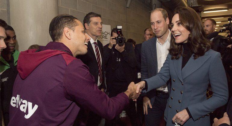 Así fue el encuentro entre el 'Chicharito' y Kate Middleton