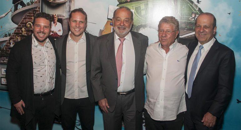 Carlos Slim en el 40 Aniversario de Alazraki Network