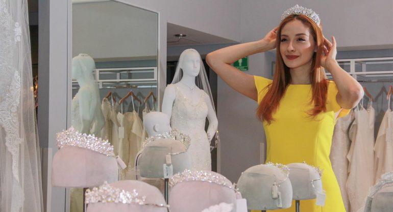 Ceci de la Cueva se viste de novia con David´s Bridal
