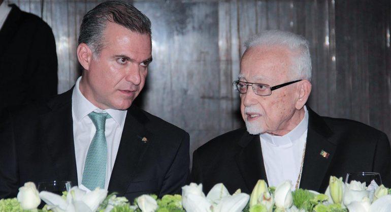 Celebran 50 años de la ordenación de Antonio Chedraoui