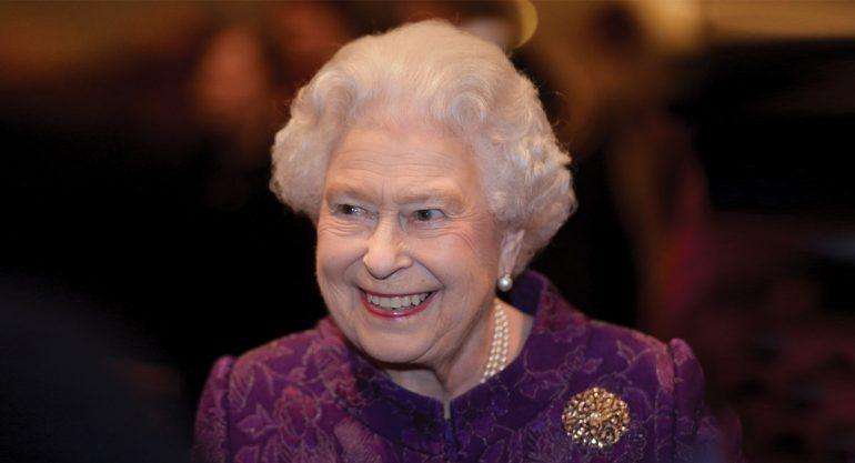 Censuran comentario de la reina Isabel II