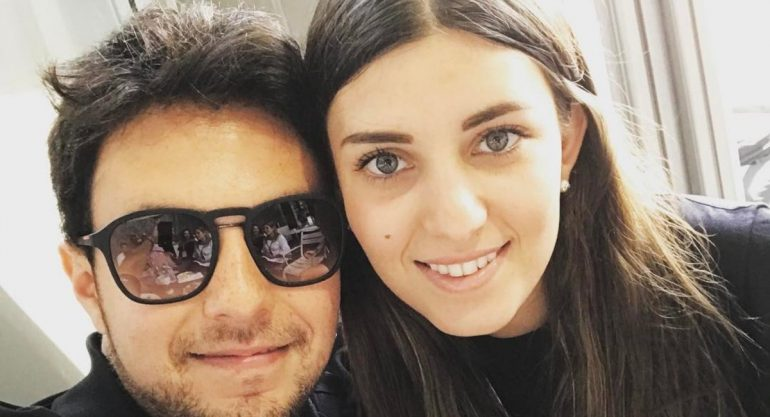 Checo Pérez presume el embarazo de su novia