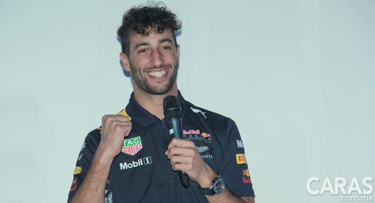 Daniel Ricciardo presenta su casco edición especial  para el GP México