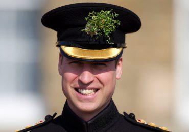 El principe William sorprende a una familia por videollamada