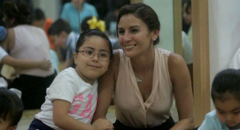 El adiós de Paola Espinosa a su alumna que murió en el Colegio Rébsamen