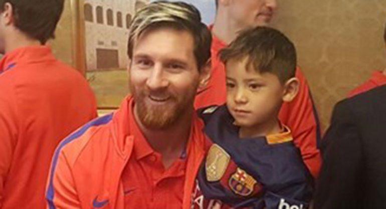 El emotivo encuentro entre el niño afgano y Lionel Messi