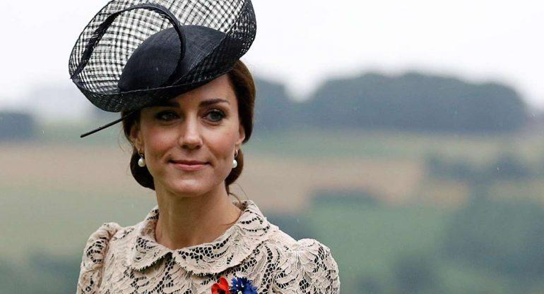 El look de Kate Middleton en su visita a Francia
