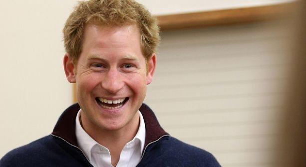 El príncipe Harry se considera un mal tío
