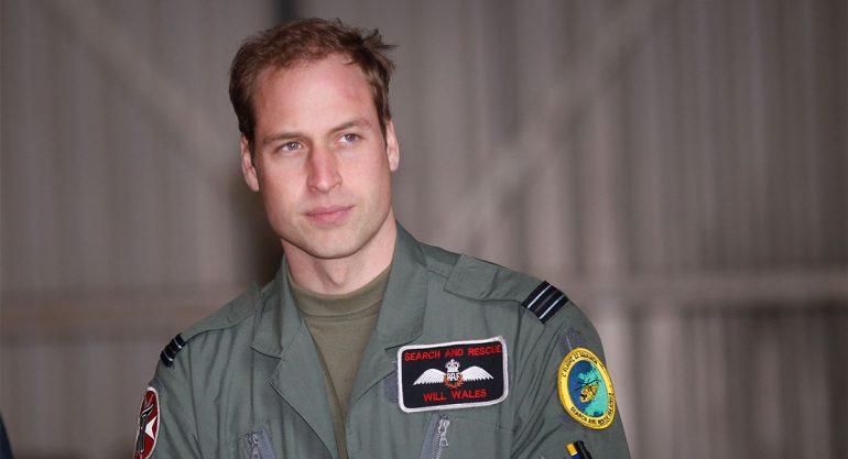 El príncipe Guillermo es alabado por su talento como piloto de salvamento