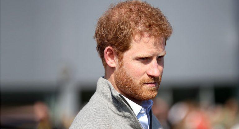 El príncipe Harry confiesa que pensó en salir de la familia real