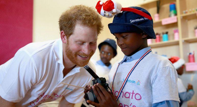 El príncipie Harry inauguró Mamohato Children?s Centre