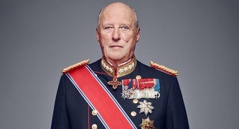 El rey Harald de Noruega a través de los años