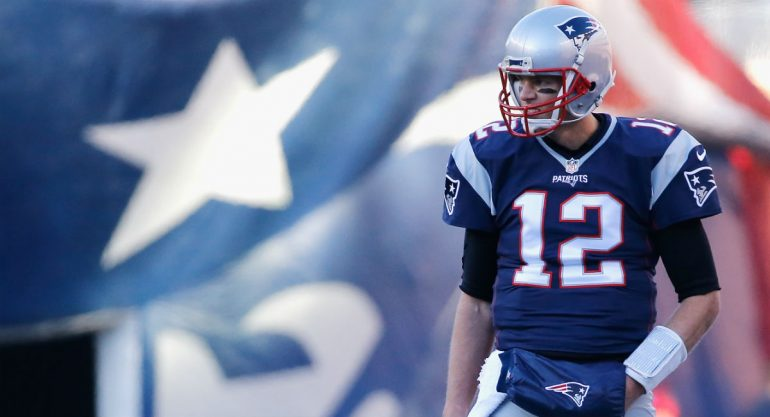 Ex director del periódico La Prensa robó el jersey de Tom Brady