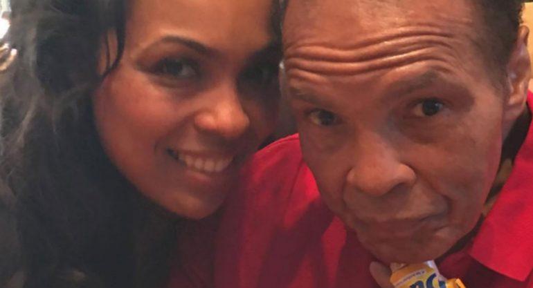Hija de Muhammed Ali dedica conmovedor mensaje a su padre