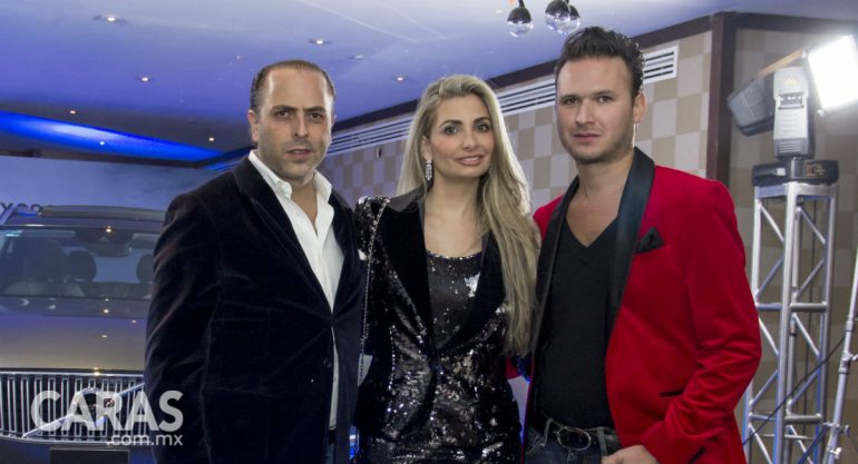 Jerónimo de Yturbe y Marion Lanz Duret en la fiesta Caras Glitter