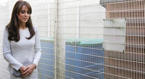 Kate Middleton visita cárcel de mujeres por sorpresa
