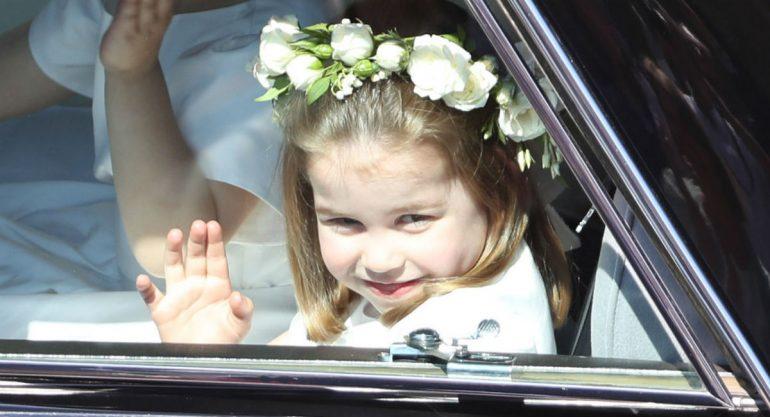La princesa Charlotte también lució un Givenchy