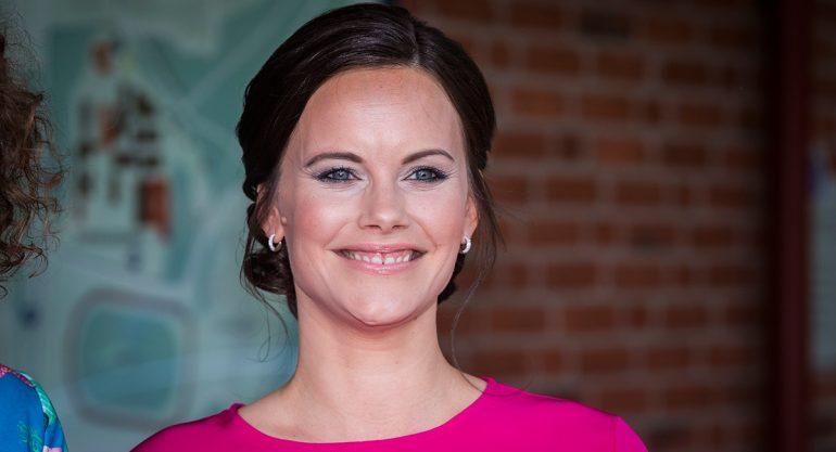 La princesa Sofía de Suecia luce su embarazo con estilo