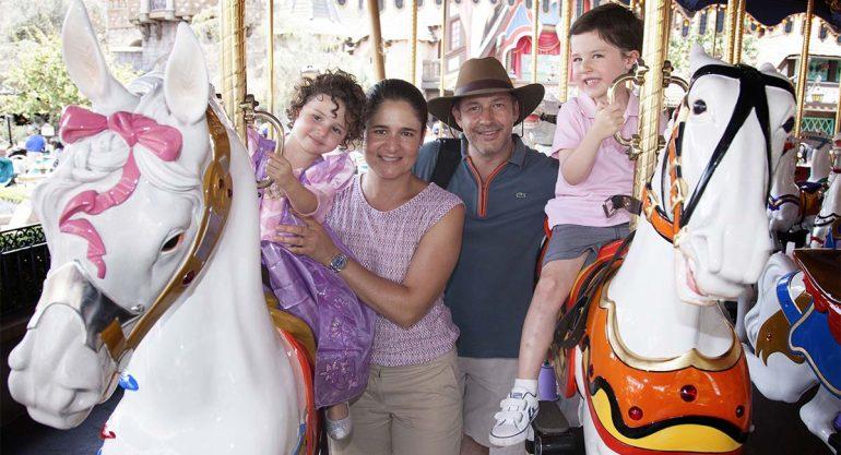 Las divertidas vacaciones de Lorena Ochoa y Andrés Conesa en Disneyland