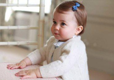 Las tiernas imágenes de la princesa Charlotte en su primer cumpleaños