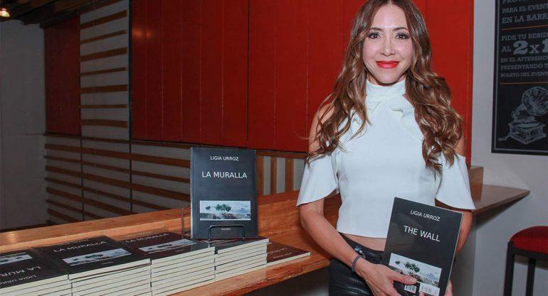 Ligia Urroz presenta su libro `La Muralla´