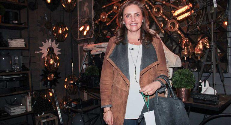 Lizy Gerard en el bazar AMI
