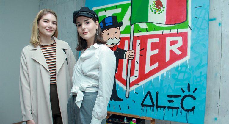 Luisa Cárdenas e Irene Buffa en la presentación del reloj de Alec Monopoly