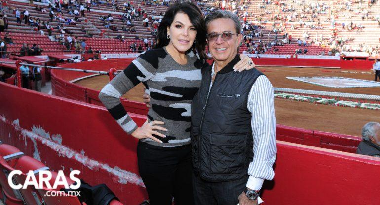 Mariana Tort y Carlos Peralta en la Plaza de Toros