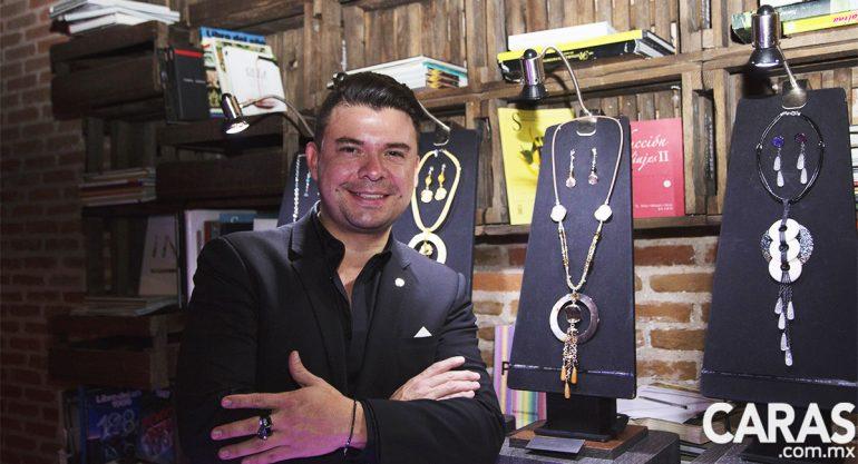 Mauricio Serrano en la presentación del Tequila Añejo Cristalino