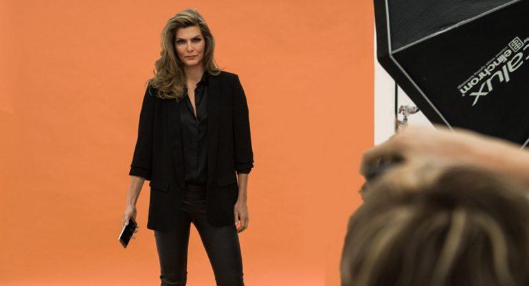 Montserrat Oliver en el shooting de la nueva campaña de Samsung