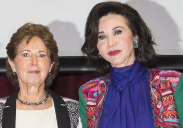 Pepita Serrano recibe la medalla Mujer del Año 2016