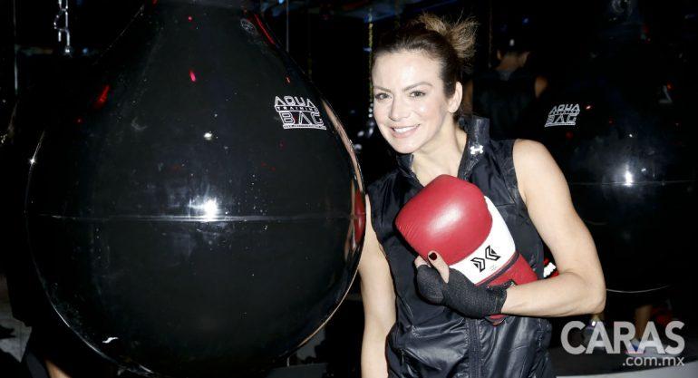 Silvia Navarro en la inauguración del Boxing Studio de JC Chávez