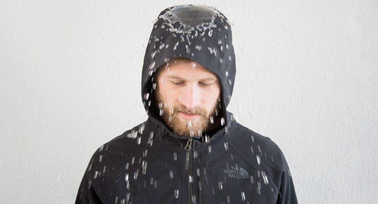 The North Face lanza la primer chamarra 100% impermeable