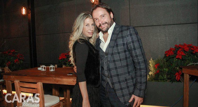 Vivian Smith y Rodrigo Hevia en la fiesta navideña de Gorka