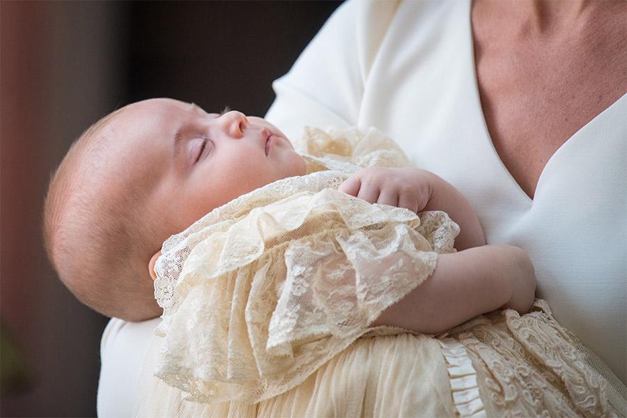 El príncipe Louis lució el mismo ropón que utilizaron sus hermanos George y Charlotte. Foto: Getty Images