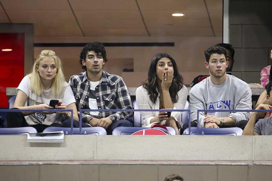 Sophie Turner, Joe Jonas, Nick Jonas, Priyanka Chopra