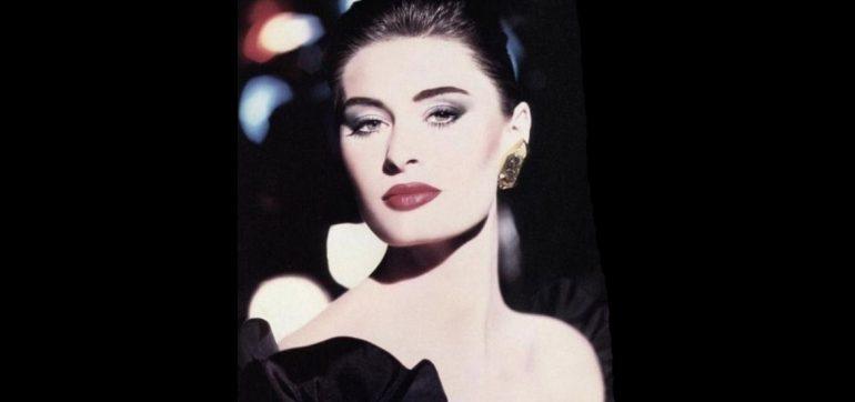 modelo Nastasia