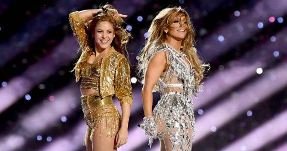 JLo le da el secreto a Shakira por twerking