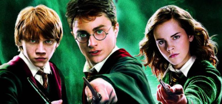 Harry potter narrada por famosos