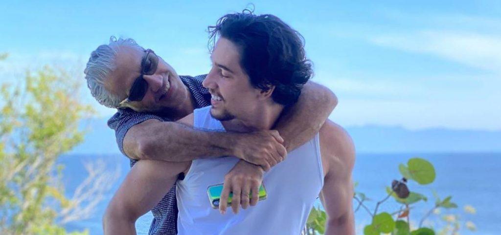 Alex Fernández dedica canción a Alejandro Fernández