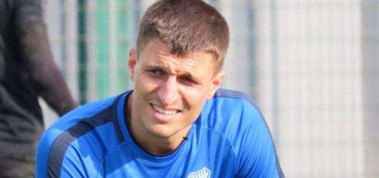 Futbolista turco mata a su hijo de cinco años
