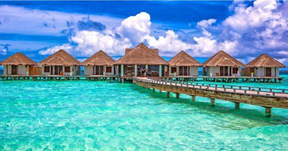 pareja queda varada islas maldivas