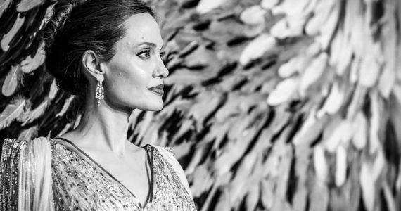 Angelina Jolie habla de su divorcio con brad pitt