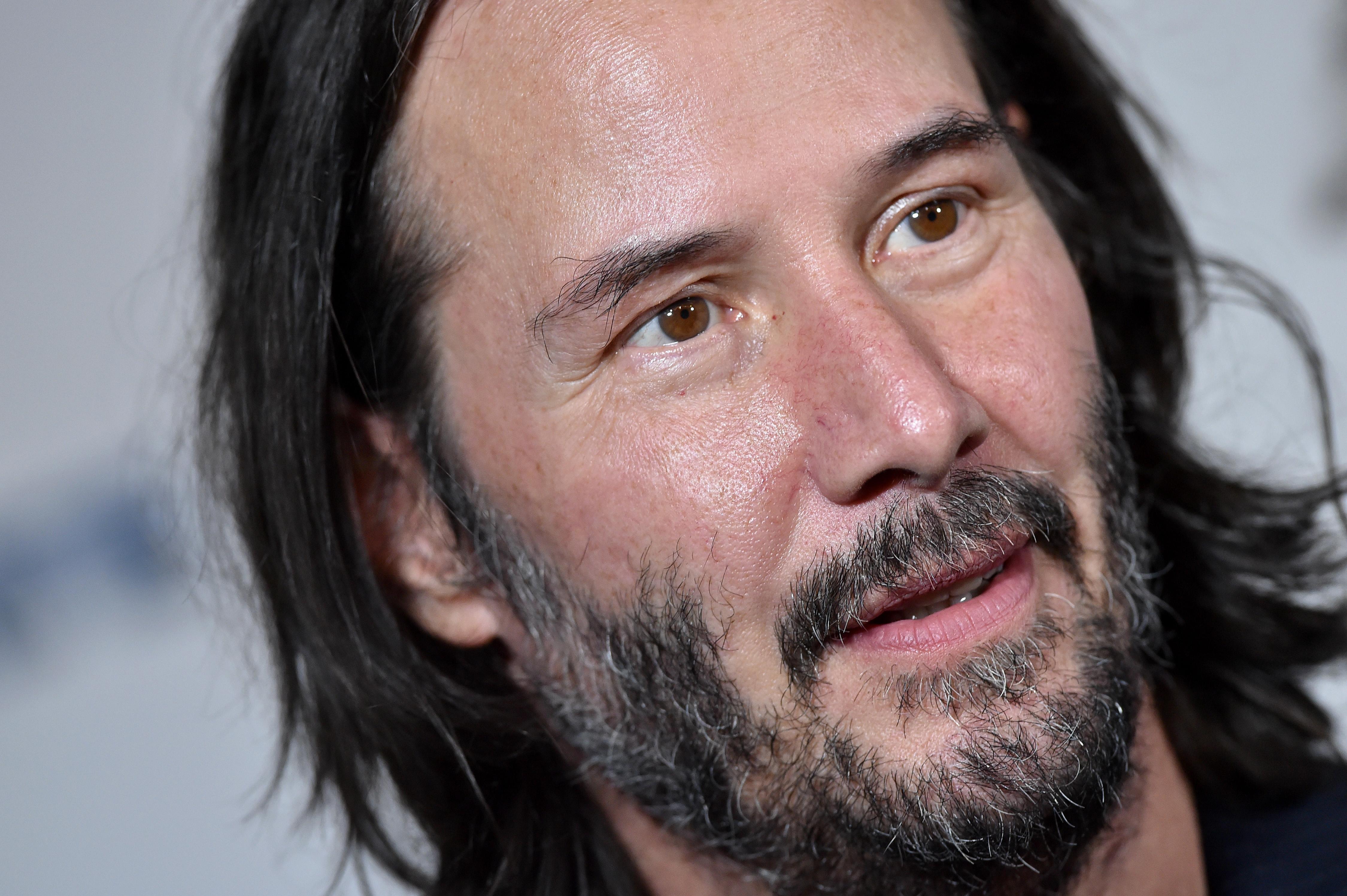 Keanu Reeves subasta videollamada