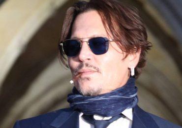 Johnny Depp admite que le dio marihuana a su hija